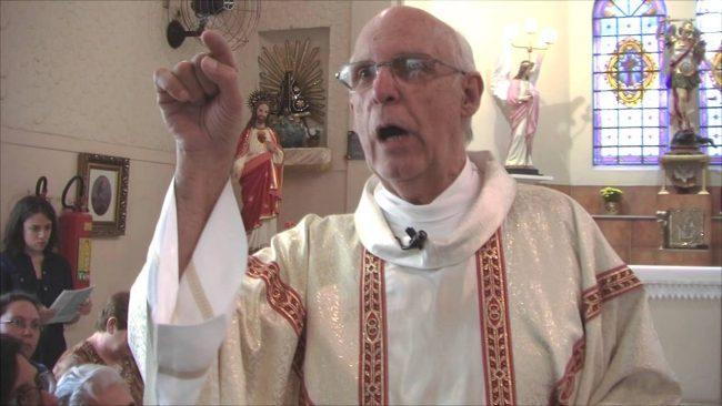 Padre critica machismo Julio Lancellotti bolsonaro homofobia