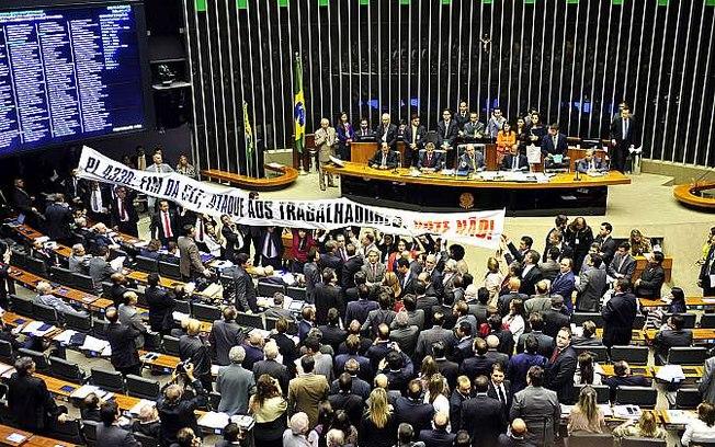 terceirização aprovada brasil deputados