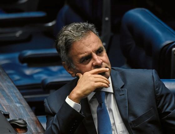 STF afasta Aécio Neves prender sua irmã