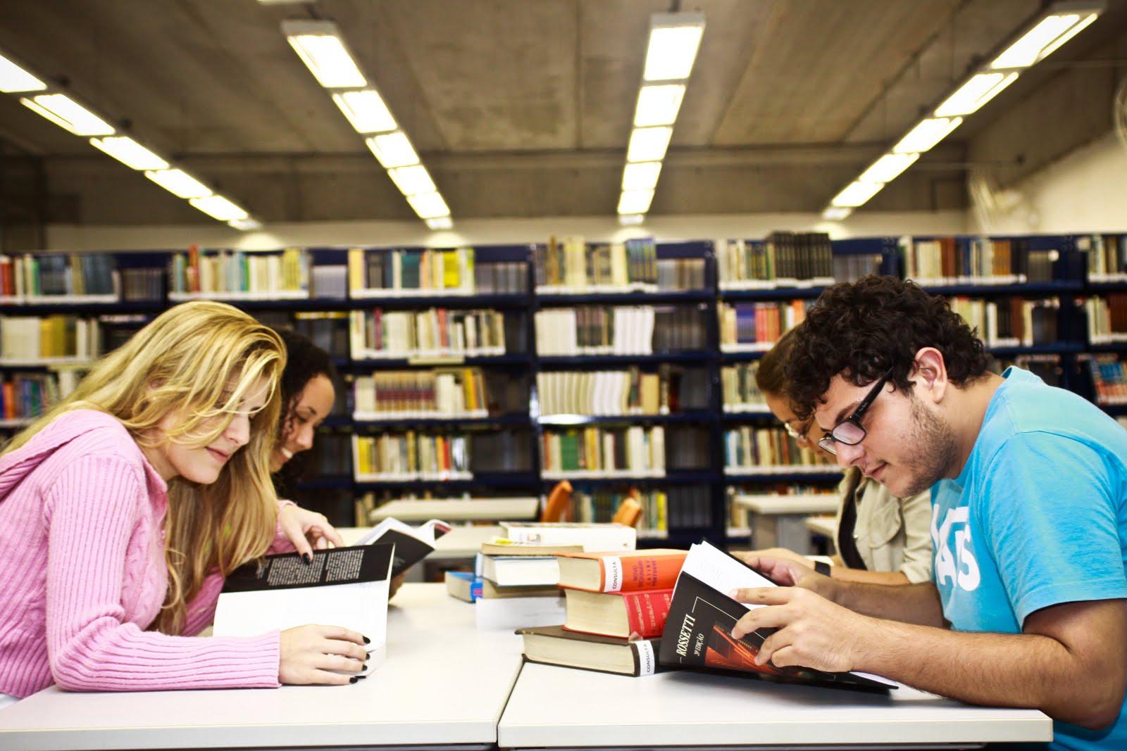 piores faculdades do Brasil