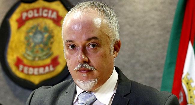 michel temer sufoca polica federal lava jato procurado mpf