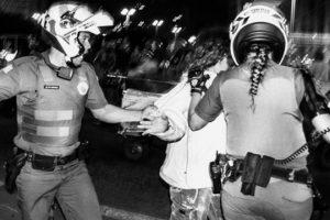 manifestante-detida-pm-rafael-braga