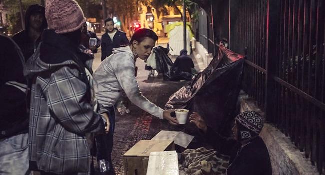 prefeitura são paulo impedir sopa moradores de rua frio cracolândia