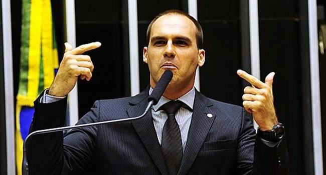 projeto criminaliza comunismo bolsonaro camara