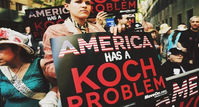 projeto secreto Koch capitalismo totalitário democracia neoliberalismo