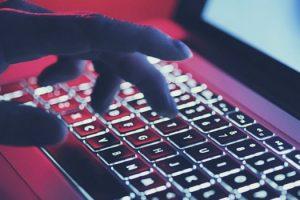 ataque-hackers-hbo-vazamento-catastrofico-da-sony