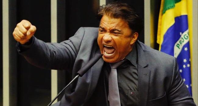 entranhas do brasil exposta política horríveis corrupção ética moral