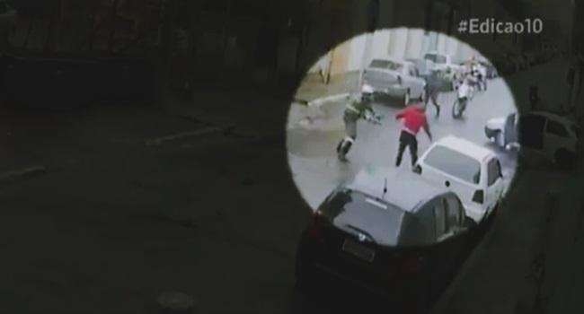 pm flagrado atirando homem desarmado pose rendição são paulo