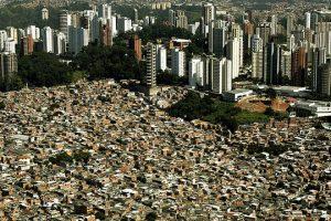 bilionarios-brasileiros-possuem-a-mesma-riqueza-pobres