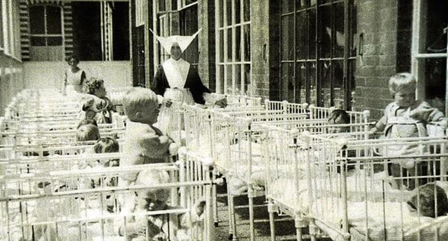 crianças forçadas comer próprio vômito orfanato escócia