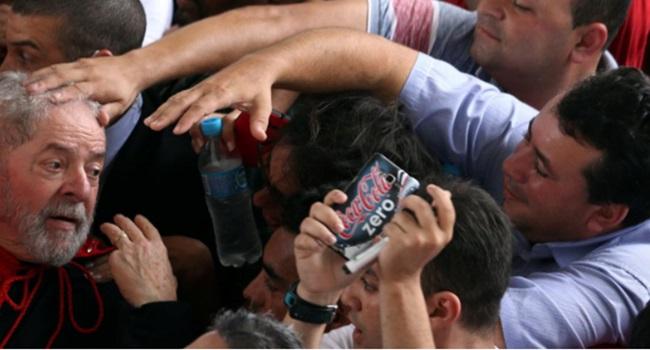 forbes todos estão mal, exceto Lula eleições 2018