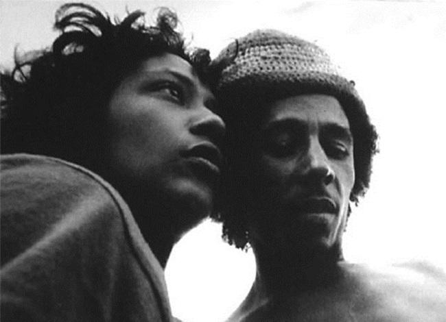 imagens raras bob marley curtindo jamaica 1970