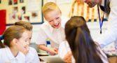 australia-quebra-tabu-materia-escolar-genero1