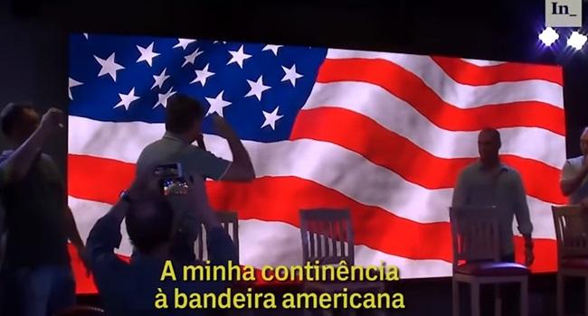 Resultado de imagem para foto com bolsonaro batendo continencia para bandeira americana