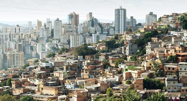 capitalismo real desigualdade gritante brasil pobreza riqueza elite