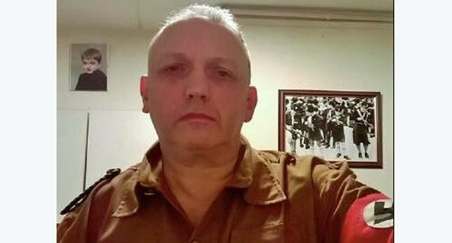 Líder neonazista assume homossexualidade relata sofreu abuso grupo
