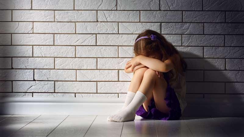 menina grava estupro no uruguai