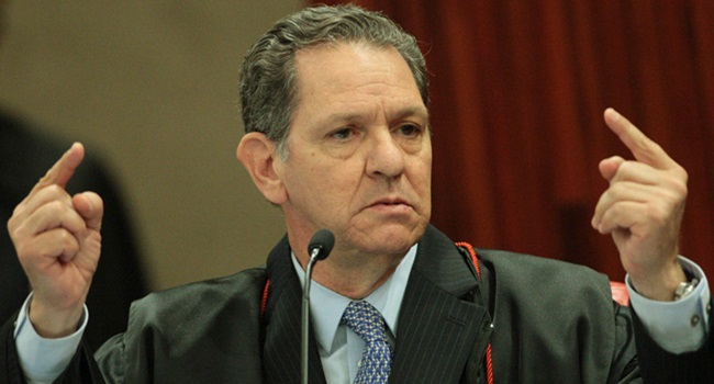 Ministro pró-impeachment anti-Lula punir juízes ativistas