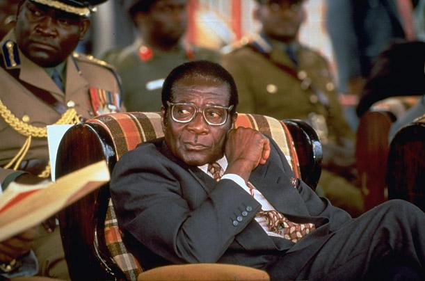 Mugabe presidencia poder Zimbábue