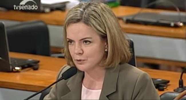 projeto criminaliza vingança pornográfica aprovada senado gleisi