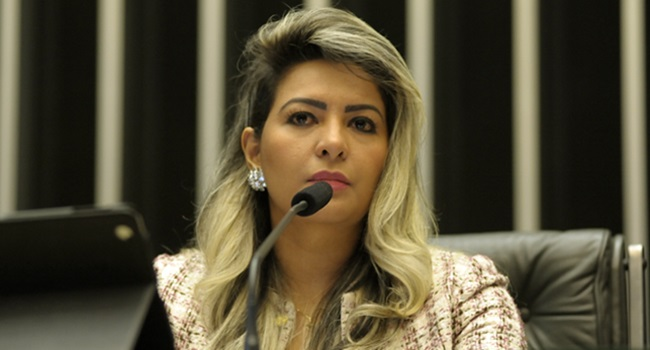 deputada acusada espancar ex cavo eleitora Amapá