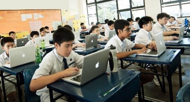 atual modelo educação pessoas capital humano