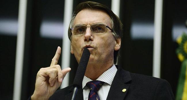 bolsonaro empregou esposa ex familiares câmara deputados