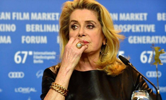 Catherine Deneuve abusos vítimas