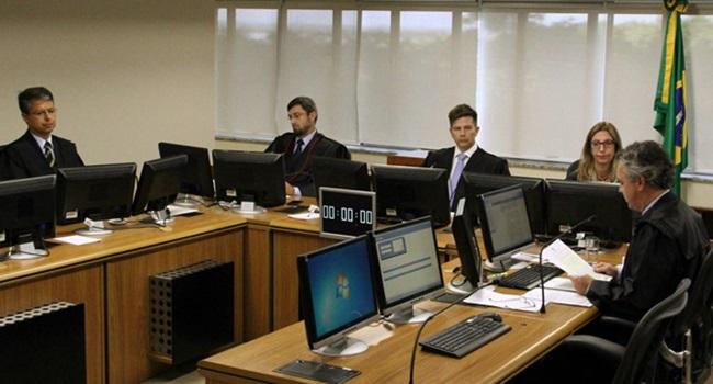 desiludido com magistério professor direito penal processual lula lava jato provas