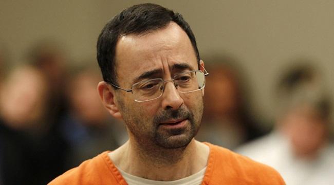 Larry Nassar Médico é condenado por estuprar mulheres