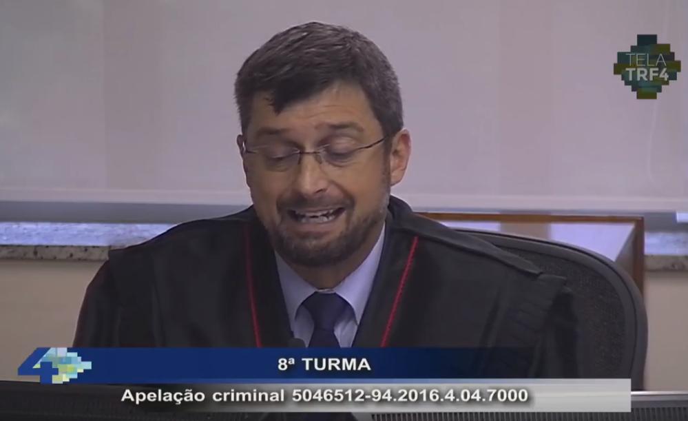 Procurador procurador Maurício Gerum TRF4