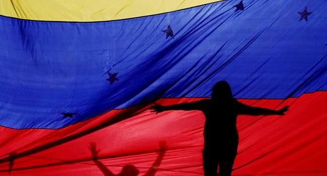 estados unidos lançam conto de fadas humanitário contra Nicolás Maduro