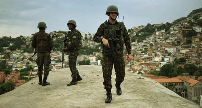 violência contra os pobres intervenção no Rio de Janeiro