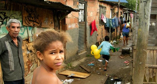 brasileiros que odeiam pobre direita elite preconceito