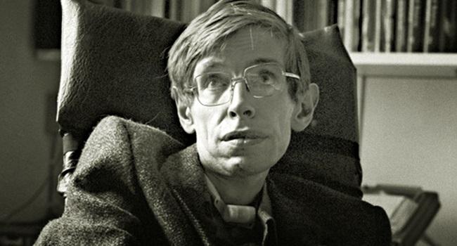 contribuições de Stephen Hawking para a Ciência