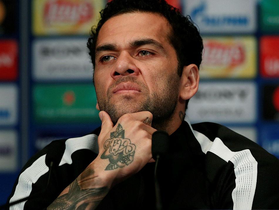 Daniel Alves entrevista morte Astori