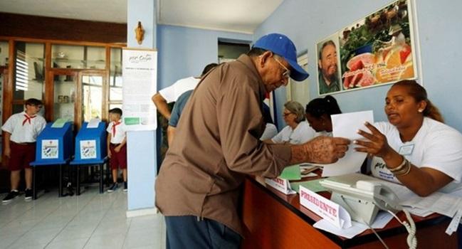 eleições em cuba população as urnas domingo democracia