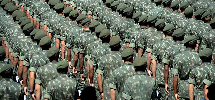 tráfico de armas Militares do exército e aeronáutica