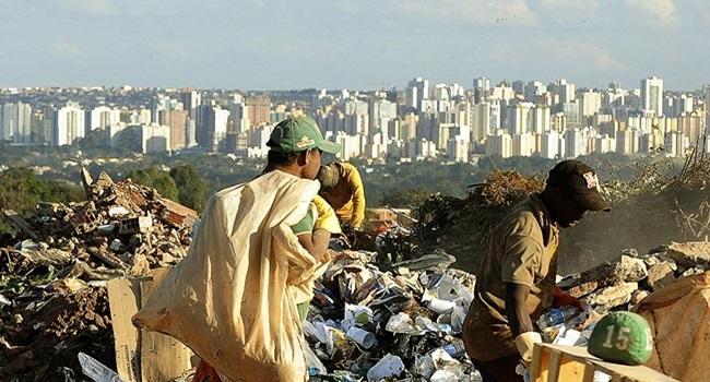 Extrema pobreza aumenta Brasil retrocesso