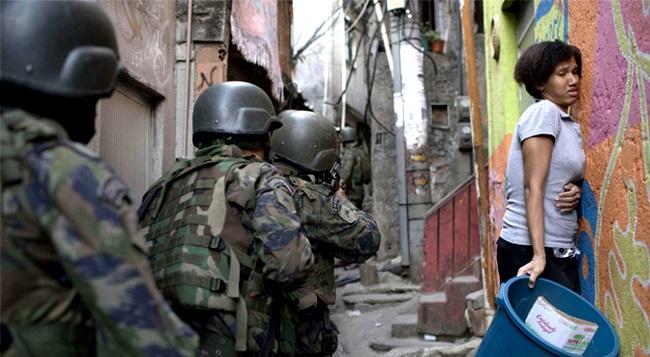 guerra no Rio de Janeiro que tem rosto de mulher