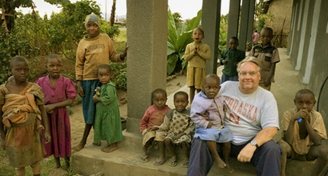 Mídia bondade dos bilionários com o mais pobres filantropia