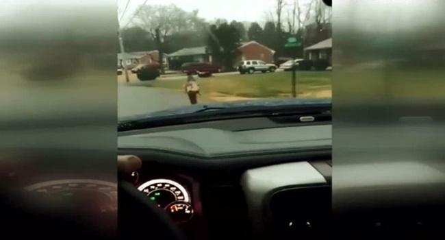 pai descobre filho bullyng polêmico castigo