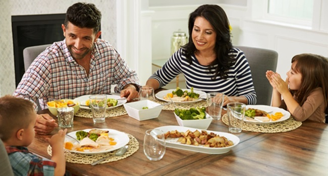 filhos copiam a alimentação dos pais saudável exemplo