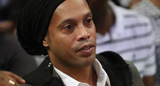 Ronaldinho Gaúcho flerta com Senado PRB