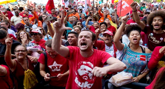 Defender Lula é defender a democracia