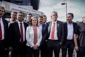 governadores-sao-impedidos-de-visitar-lula-decisao-evidencia-prisao-politica