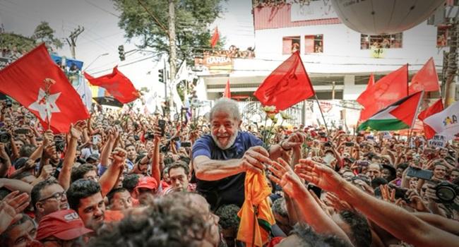 todos escrever a Lula da Silva mito brasil mundo esquerda