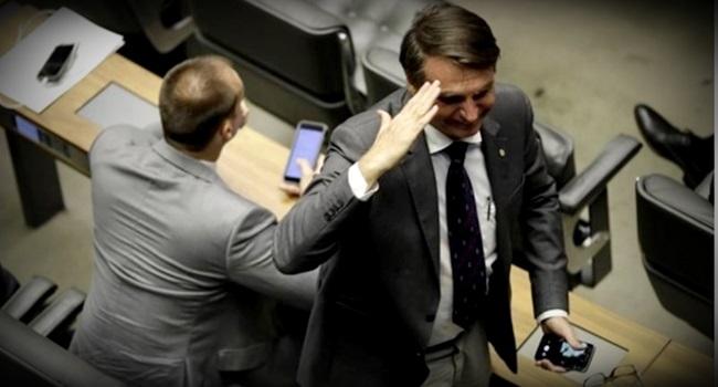 Bolsonaro é apenas um germe deixado por aquela infecção ditadura militar tortura forças armadas