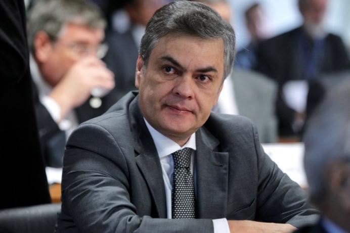 Cássio Cunha Lima salário
