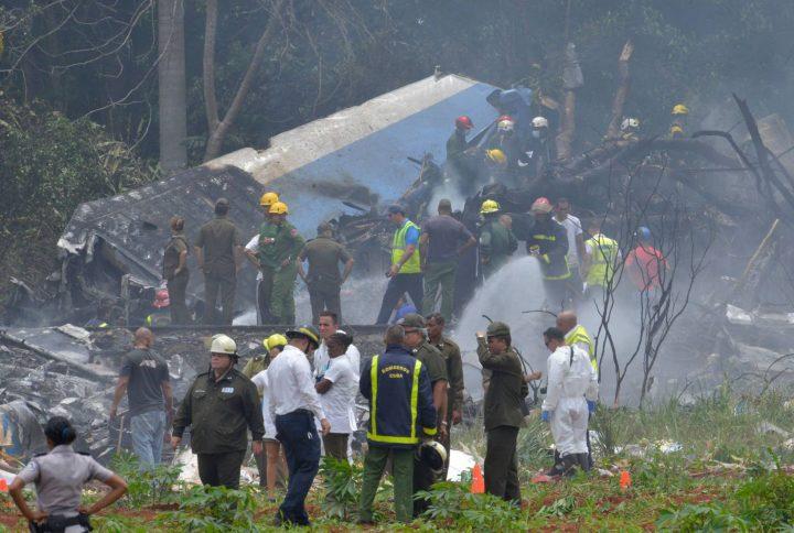 avião cai em Cuba